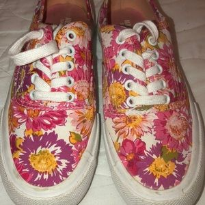 Floral Sneakers!